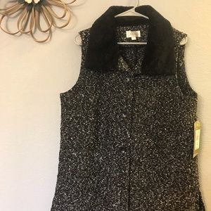 Stunning Erin London Faux Fur Vest NWT
